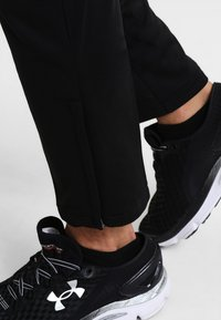 Joma - ELBA - Tracksuit bottoms - black - 3