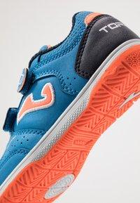 Joma - TOP FLEX JUNIOR - Indendørs fodboldstøvler - blue - 2
