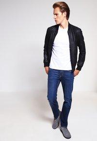 James Perse - CREW LIGHTWEIGHT - T-paita - white - 1