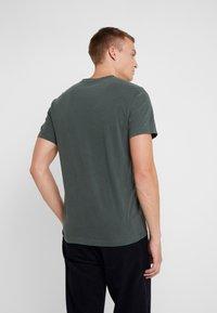 James Perse - CREW - Basic T-shirt - marsh - 2