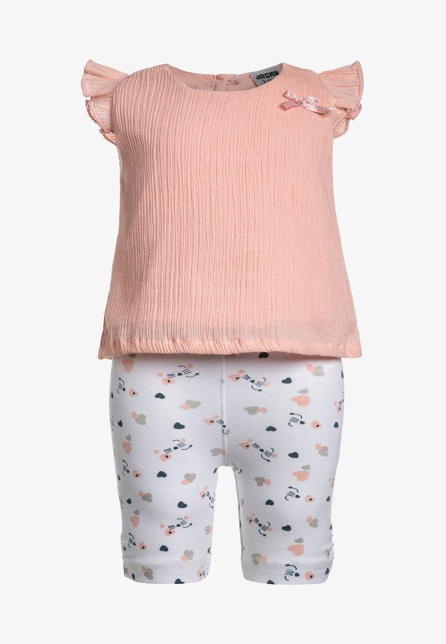 GIRLS HOLIDAYS SET  - Leggings - Trousers - lachs