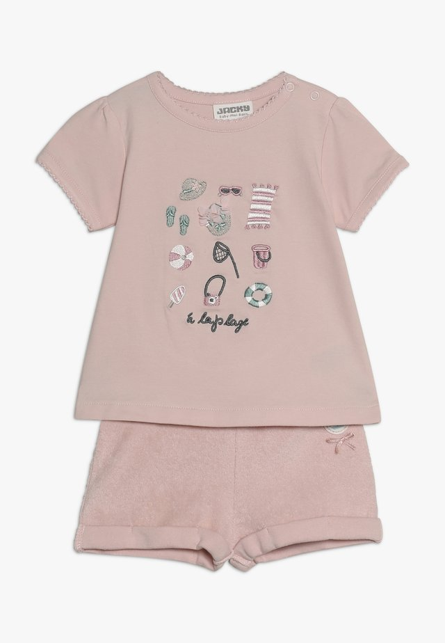 T-SHIRTCOUCOU SET - Shorts - rosa