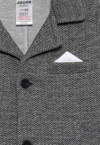 Jacky Baby - SET CLASSIC BOYS SUIT - Kostuum - schwarz/grau mélange - 6