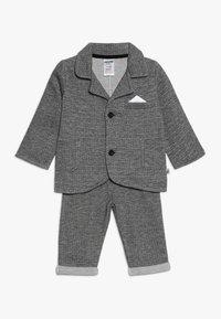 Jacky Baby - SET CLASSIC BOYS SUIT - Kostuum - schwarz/grau mélange - 0