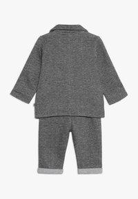 Jacky Baby - SET CLASSIC BOYS SUIT - Kostuum - schwarz/grau mélange - 1