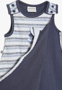 Jacky Baby - UNWATTIERT ÄRMELLOS COUCOU MON PETIT - Dětské oblečení na spaní - blue - 4