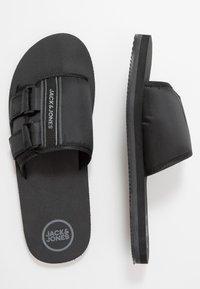 Jack & Jones - JFWBARACUDA  - Pantofle - anthracite - 1