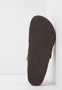 Jack & Jones - JFWCROXTON  - Slippers - tobacco brown - 4