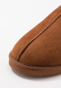 Jack & Jones - JFWDUDELY  - Pantofole - almond - 5