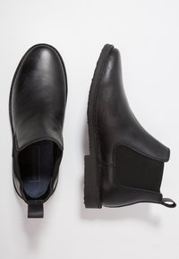 Jack & Jones - JFWLEO CHELSEA - Classic ankle boots - black - 1