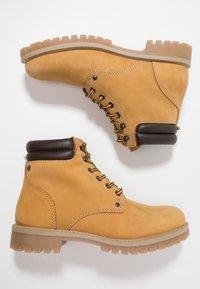 Jack & Jones - JFWSTOKE BOOT - Lace-up ankle boots - honey - 1