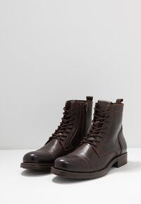 Jack & Jones - JFWRUSSEL - Bottines à lacets - brown stone - 2