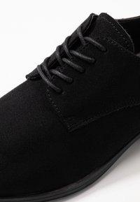 Jack & Jones - JFWLENNON - Zapatos con cordones - anthracite - 5