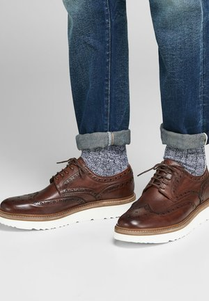 Smart lace-ups - friar brown