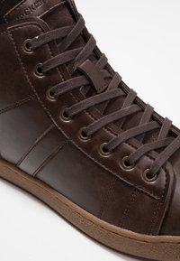 Jack & Jones - JFWSTEWART - Zapatillas altas - java - 5
