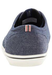 Jack & Jones - Sneakersy niskie - navy blazer - 3