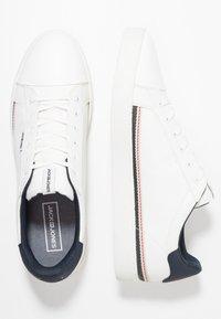 Jack & Jones - JFWTRENT SPECIAL - Sneakersy niskie - white - 1