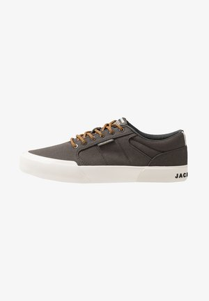 Sneakers basse - beluga