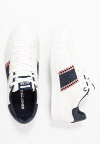 Jack & Jones - JFWBANNA SPECIAL - Sneakersy niskie - white - 1