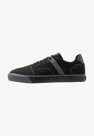 JFWCALI - Sneakersy niskie - anthracite