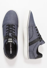 Jack & Jones - JFWCALI - Sneakersy niskie - blue - 1