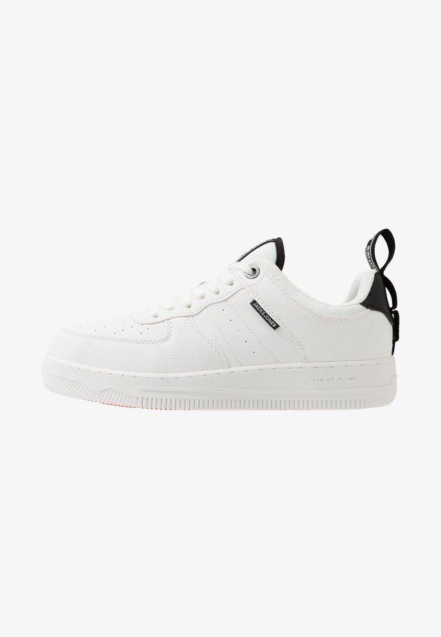 JFWMAVERICK - Sneakers laag - white