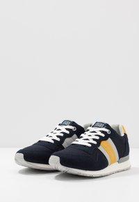 Jack & Jones - JFWSTELLAR  - Sneakersy niskie - navy blazer - 2