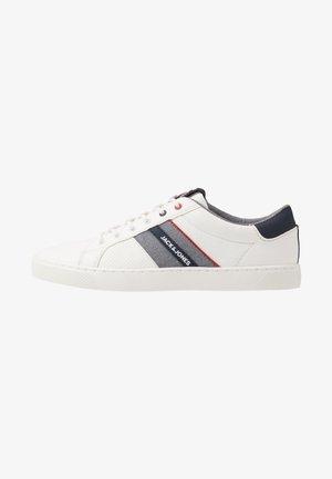 JFWTED - Sneakersy niskie - navy blazer
