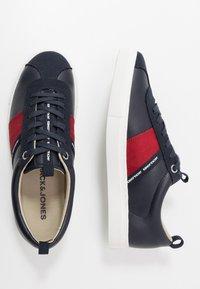 Jack & Jones - JFWSLOANE LOGO - Sneakersy niskie - navy blazer - 1