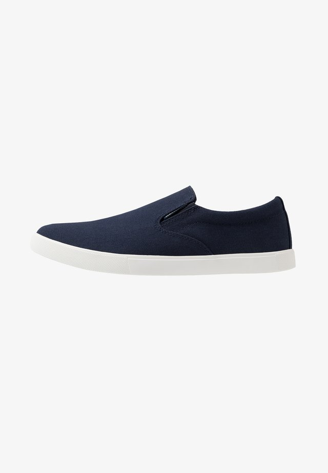 JFWROWDEN  - Loaferit/pistokkaat - navy blazer