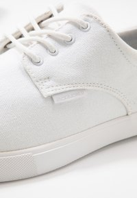 Jack & Jones - JFWNIMBUS - Sneakers - bright white - 5