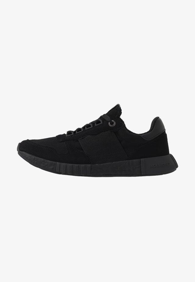 JFWMAXIM ELASTIC - Sneakersy niskie - anthracite