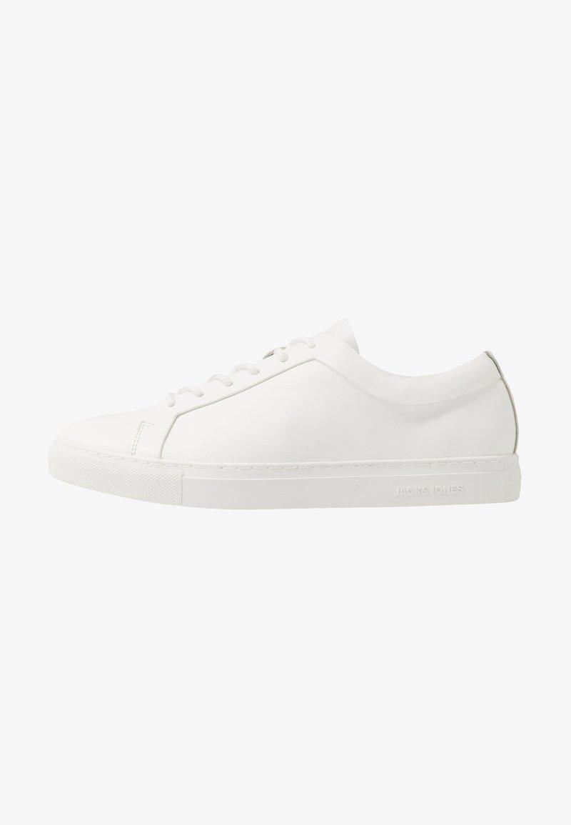 Jack & Jones - JFWSPUTNIK - Sneakersy niskie - white