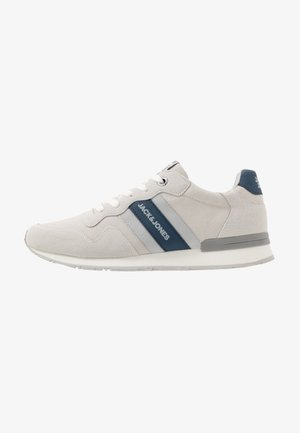JFWSTELLAR CASUAL - Sneakersy niskie - white