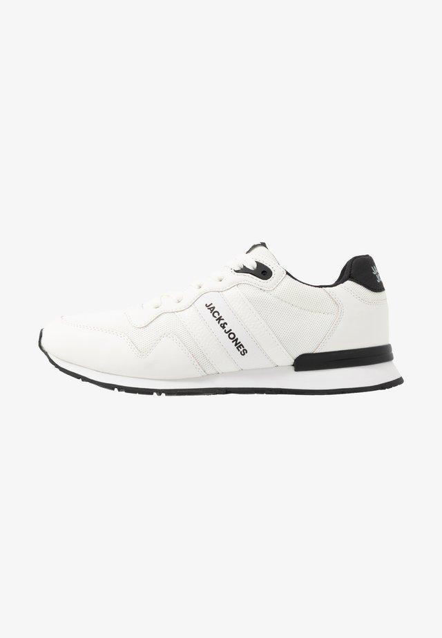 JFWSTELLAR - Trainers - white/anthracite