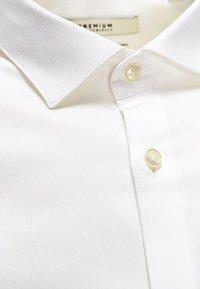 Jack & Jones - Koszula biznesowa - white - 5
