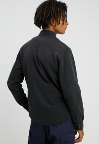 Jack & Jones - JJESHERIDAN SLIM - Shirt - black denim/slim - 2