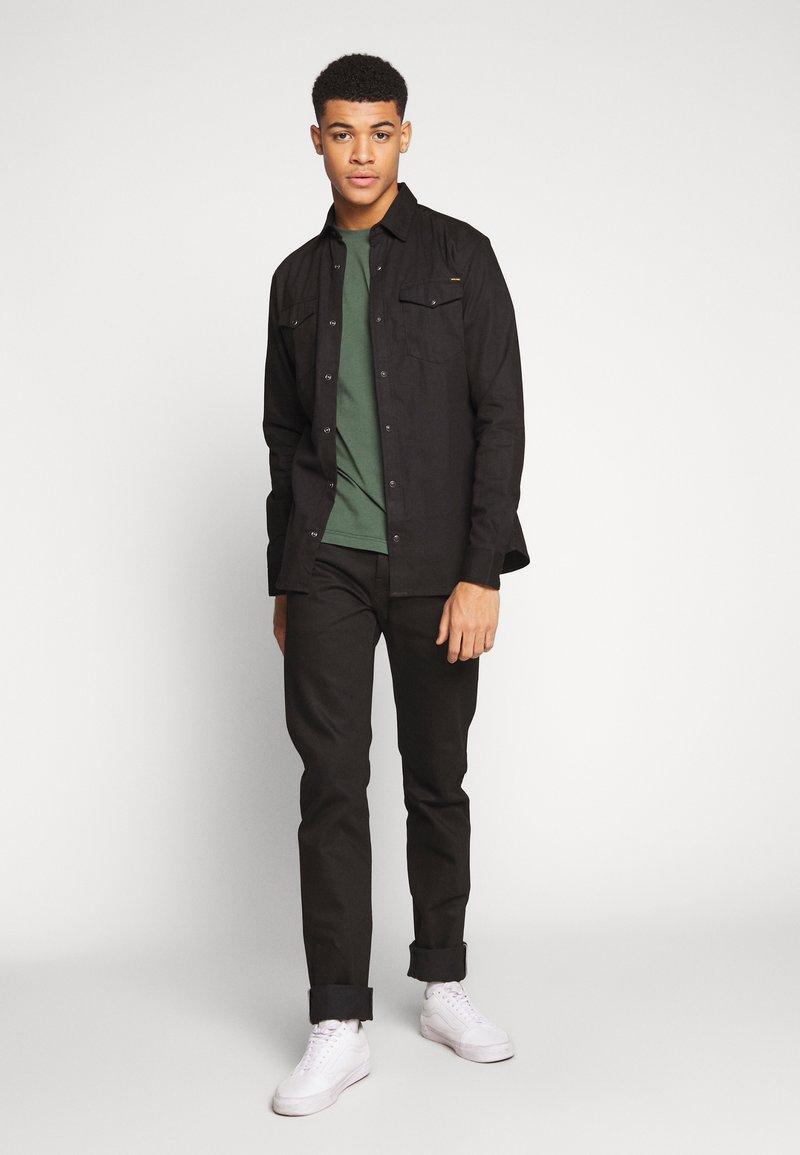 Jack & Jones JJESHERIDAN SLIM - Skjorte - black