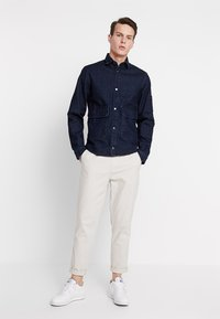 Jack & Jones - JCOCHAMP WORKER - Spijkerjas - dark blue denim - 1