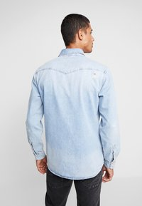 Jack & Jones - JJIJAMES JJSHIRT  - Skjorta - blue denim - 2