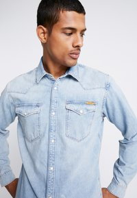Jack & Jones - JJIJAMES JJSHIRT  - Skjorta - blue denim - 4