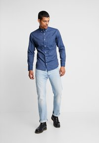 Jack & Jones - JORLUNDDAHL SLIM FIT - Košile - navy blazer - 1