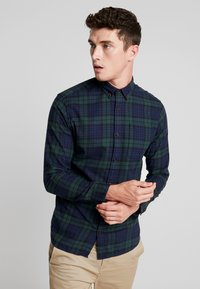 Jack & Jones - JJEWASHINGTON - Skjorta - olive night - 0