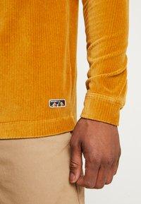 Jack & Jones - JORTOD REGULAR FIT - Shirt - sunflower - 3