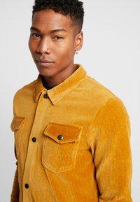 Jack & Jones - JORTOD REGULAR FIT - Shirt - sunflower - 5
