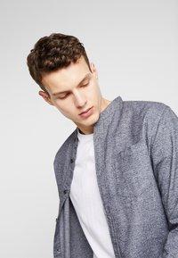 Jack & Jones - JORCITY  SHIRT  - Camisa - grey melange - 4