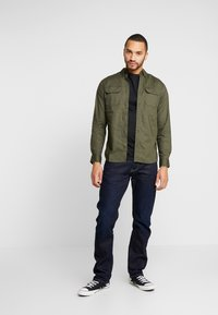 Jack & Jones - JCOGERALDTON SHIRT MIX SLIM FIT - Chemise - forest night - 1