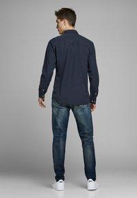 Jack & Jones - Shirt - navy blazer - 2