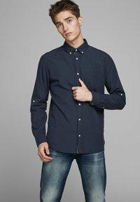 Jack & Jones - Shirt - navy blazer - 0