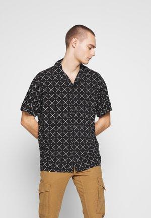 JCOGRAHAM SHIRT SS PLAIN - Camicia - black/comfort